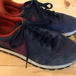 EUC Nike Air Navy Canvas Athletic Running Shoes 8